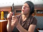 Johan kan skille rørtang fra skiftnøkkel